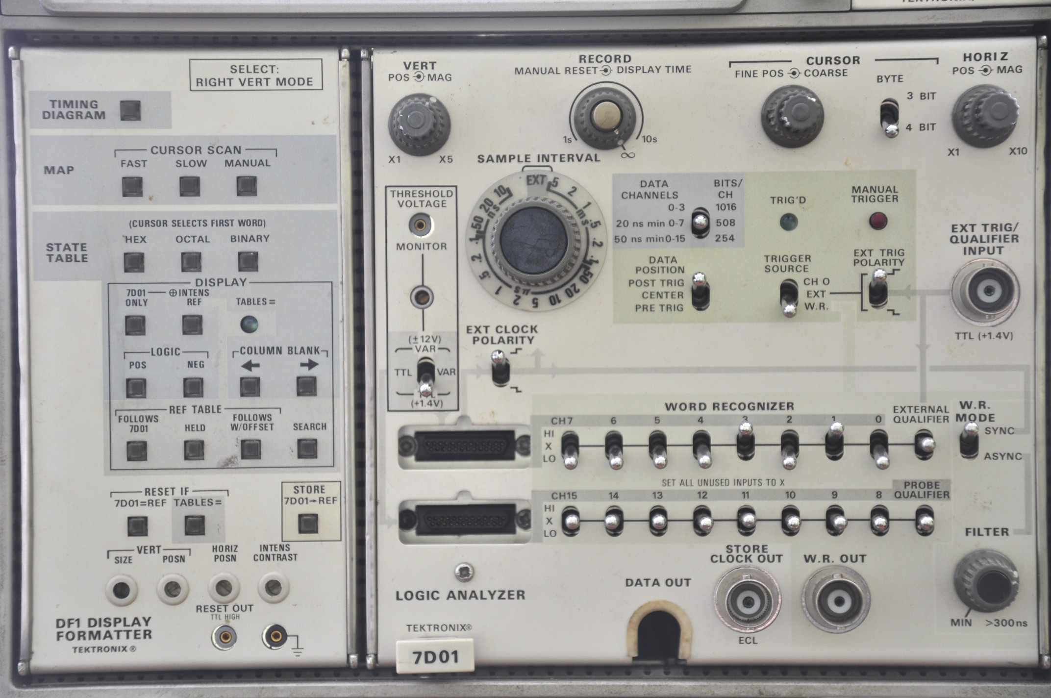 Tekronix 7d01 Logic Analyzer Buttons Switches Knobs Lights Diagram Behold The Tektronix First Released In 1977 Shown Here With Its Companion Display Formatter As A Side Note I Really Need Better Lens